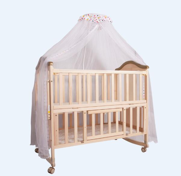 Wooden baby bed          Unfold Size: 104*61*95cm